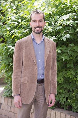 Associate Professor Tomas Kalincik