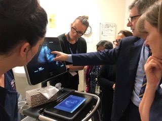 Professor Alistair Royse leading a clinical ultrasound ward round.