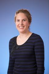 Dr Laura Tarzia