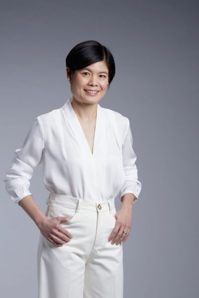 Dr Valerie Sung